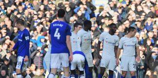 Eden Hazard injured against Everton at Goodison Park