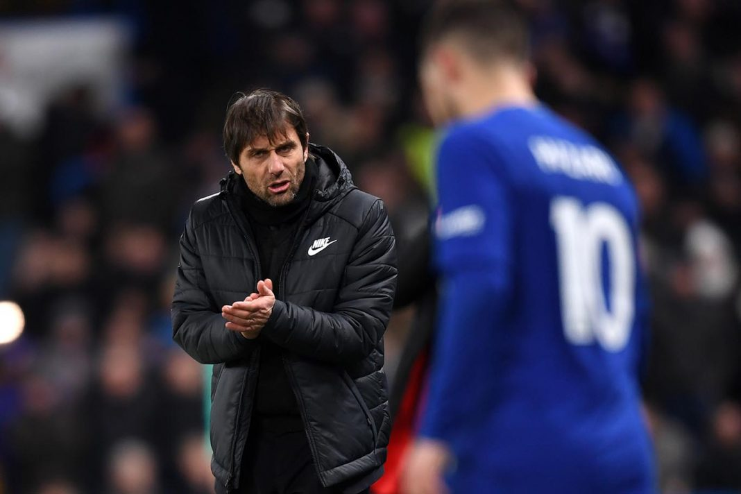 Antonio Conte gives his team instructions during the Premier League match between Chelsea and AFC Bournemouth at Stamford Bridge on January 31, 2018 in London.