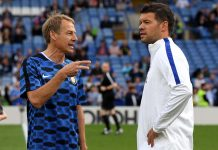 Jurgen Klinsmann and Michael Ballack talk in the warm up prior to the match between Chelsea Legends and Inter Forever at Stamford Bridge on May 18, 2018 in London.