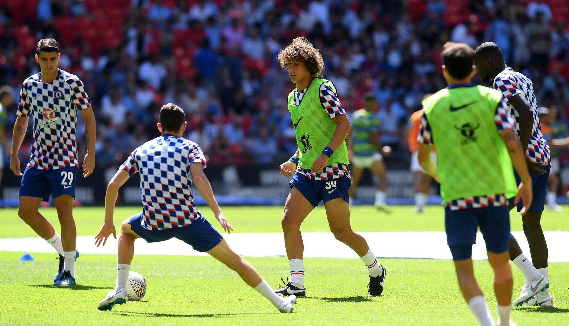 David Luiz of warms up prior to the FA Community Shield between Manchester City and Chelsea at Wembley Stadium on August 5, 2018 in London.