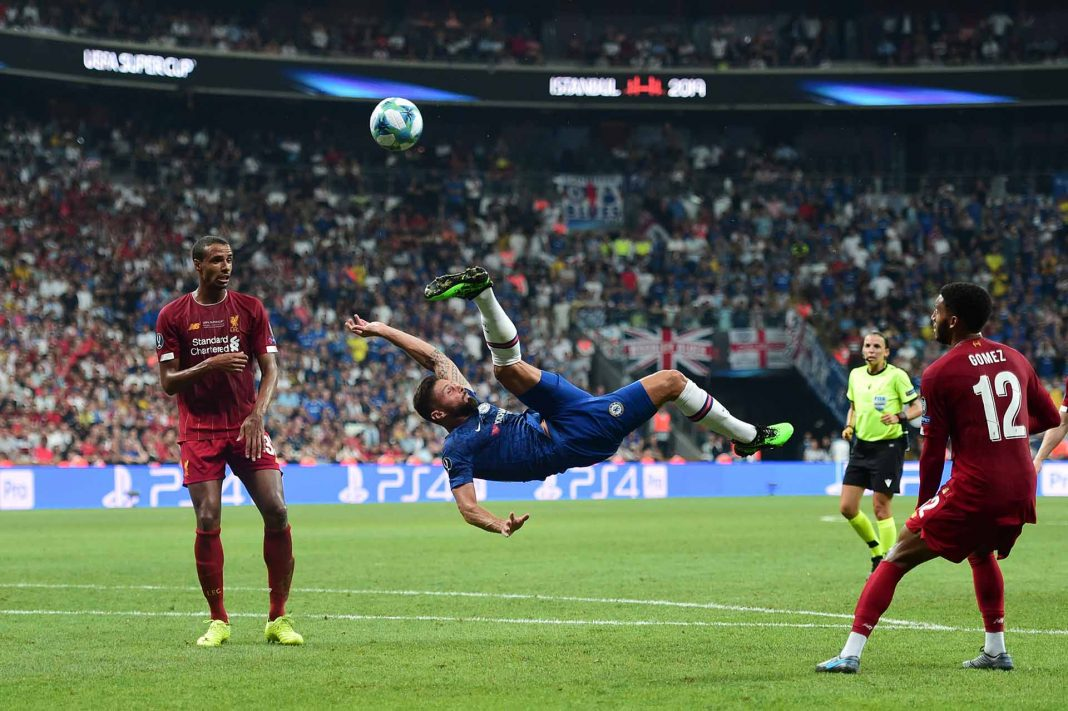 Olivier Giroud attempts an overhead kick during the UEFA Super Cup match between Liverpool and Chelsea at Vodafone Park on August 14, 2019 in Istanbul, Turkey.