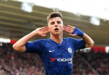 Mason Mount celebrates scoring his teams second goal during the Premier League match between Southampton FC and Chelsea FC at St Mary's Stadium on October 06, 2019 in Southampton.